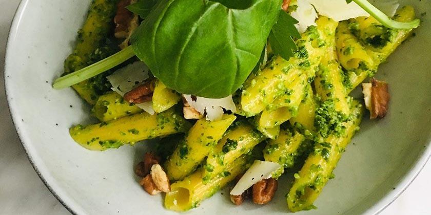 Pesto van boerenkool en pecannoten